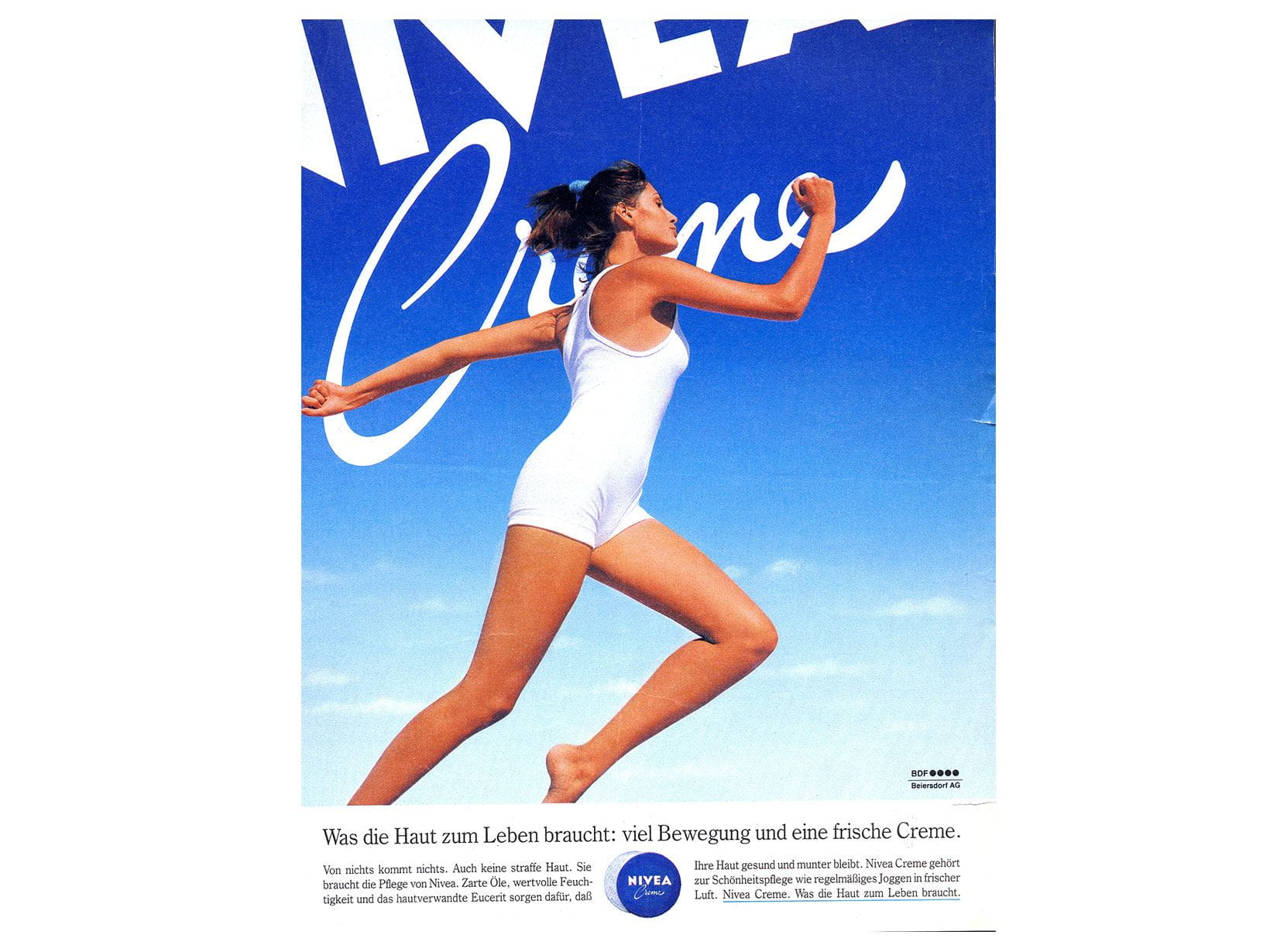 Pubblicità NIVEA Creme del 1988. What the skin needs for life: plenty of exercise and a fresh Creme (Di cosa ha bisogno la pelle per essere vitale? Di tanto movimento e una Creme fresca).